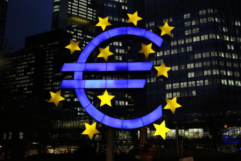 Еврозона и ЕС: зафиксировано рекордное падение потребления домохозяйств