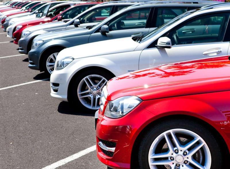 Продажи новых автомобилей в ЕС снизились в октябре на 7,8%
