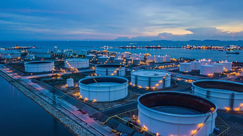 Объем переработки нефти в Китае вырос в ноябре на 3,2%