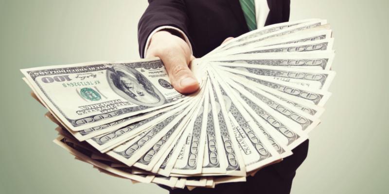 Аналитики прогнозируют падение доллара до середины 2021 года