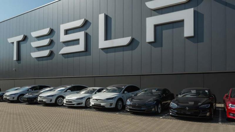 Есть ли смысл покупать ценные бумаги компании Tesla?