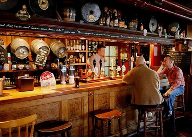 Пабы Британии потеряют до 87 млн пинт пива из-за пандемии