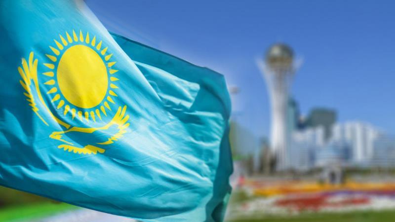 Казахстан в 2021 году планирует занять более 8 млрд долларов