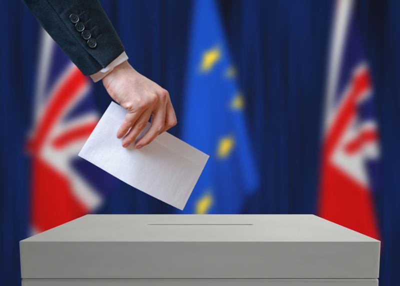 Великобритания настаивает на изменении условий по Brexit